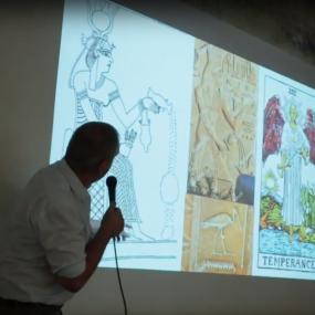 ההיסטוריה של קלפי הטארוט